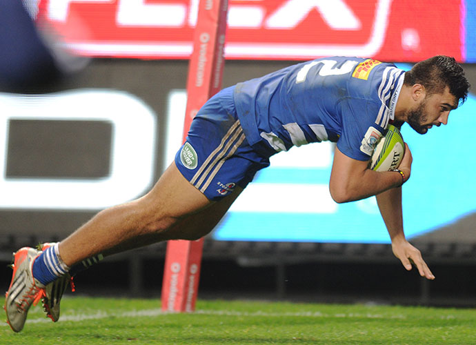 CAPE TOWN, SOUTH AFRICA - MAY 23: Damian de Allende of the Stormers scores a try during the Super Rugby match between DHL Stormers and Melbourne Rebels at DHL Newlands Stadium on May 23, 2015 in Cape Town, South Africa. (Photo by Peter Heeger/Gallo Images)