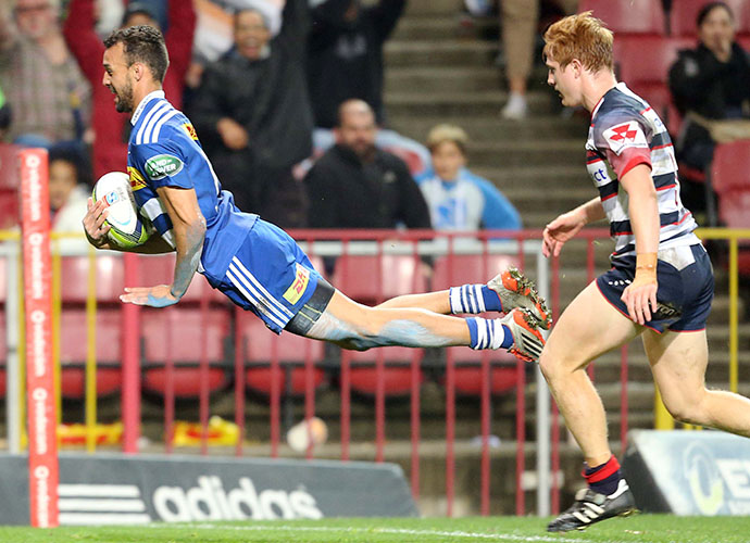 CAPE TOWN, SOUTH AFRICA - MAY 23: Dillyn Leyds of the Stormers scores during the Super Rugby match between DHL Stormers and Melbourne Rebels at DHL Newlands Stadium on May 23, 2015 in Cape Town, South Africa. (Photo by Carl Fourie/Gallo Images)