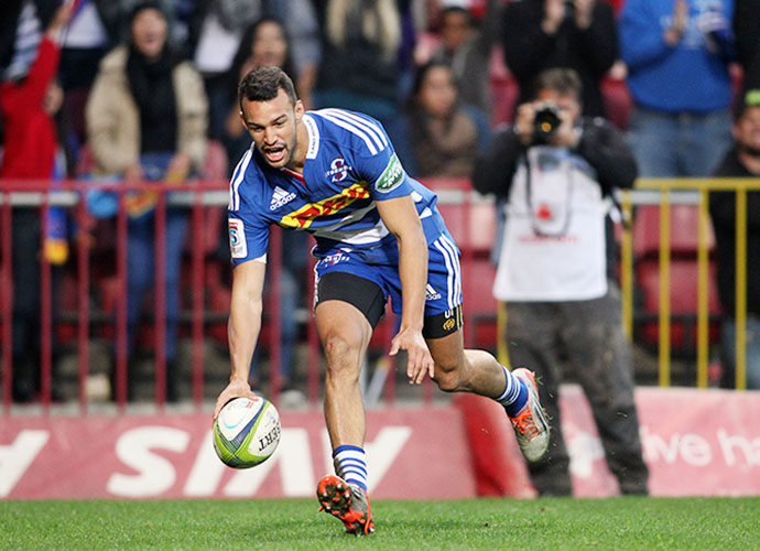 CAPE TOWN, SOUTH AFRICA - JUNE 06: Dillyn Leyds of the Stormers scores a try during the Super Rugby match between DHL Stormers and Emirates Lions at DHL Newlands Stadium on June 06, 2015 in Cape Town, South Africa. (Photo by Shaun Roy/Gallo Images)