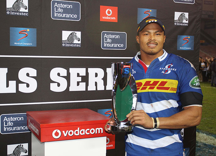 CAPE TOWN, SOUTH AFRICA - JUNE 20:  Juan de Jongh of the Stormers during the Super Rugby match between DHL Stormers and Brumbies at DHL Newlands Stadium on June 20, 2015 in Cape Town, South Africa. (Photo by Luke Walker/Gallo Images)