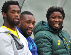 CAPE TOWN, SOUTH AFRICA - JUNE 01: (L-R) Siya Kolisi, Tendai Mtawarira and Scarra Ntubeni during the Springboks training session at Cape Town Stadium on June 01, 2015 in Cape Town, South Africa. (Photo by Ashley Vlotman/Gallo Images)